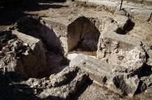 Monastyr Filerimos- chrzcielnica