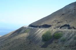 Droga na wulkanicznym zboczu