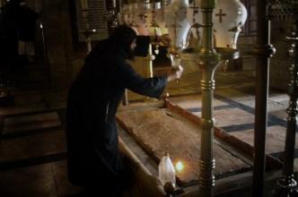 JEROZOLIMA- Bazylika Grobu- Kamień Namaszczenia