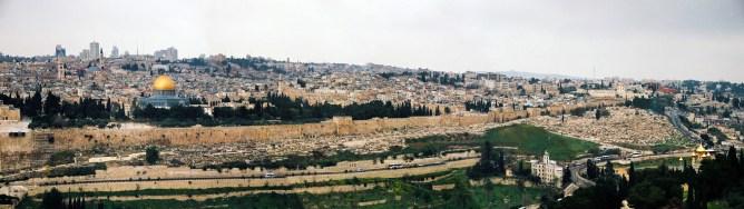 JEROZOLIMA- Widok na stare miasto z Góry Oliwnej