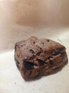 トラスパレンテのチョコスコーン