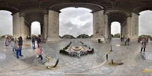 aufgerolltes Geo- Panorama von Frankfurt (Oder) aufgerolltes Geo- Panorama von Paris Notre Dame Arc de Triumpf