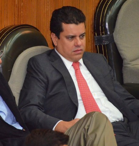 Edgar Romo busca ser diputado federal, chapulineando de su curul en el Congreso de Nuevo León