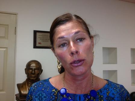 Rebeca Clouthier pidió que se resuelvan los asuntos antes de las campañas