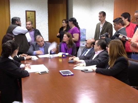 La Comisión aprobó la licencia de Ernesto Quintanilla Villarreal