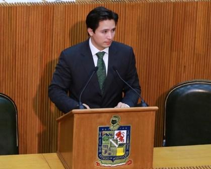 El diputado Juan Manuel Cavazos pidió regular el uso de los drones