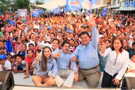 Participa Felipe de Jesús Cantú en evento masivo en Apodaca.