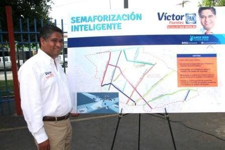 Visita Las Puentes el candidato del PAN a la alcaldía.