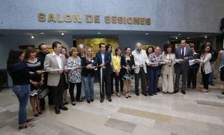 Inauguraron la exposición en el Recinto Legislativo