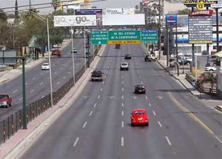 Buscan rehabilitar el pavimento en el área metropolitana