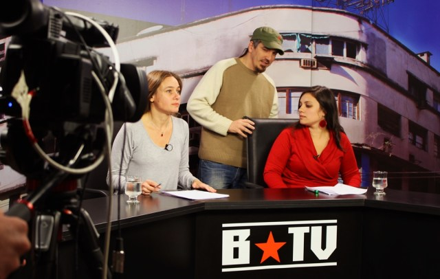 @barricadatv La televisión comunitaria llega a la grilla de la TDA
