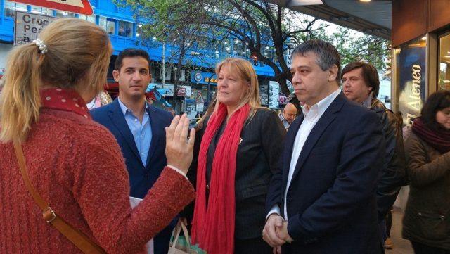 Los candidatos de #1Pais Margarita Stolbizer @MatiasTombolini y @SergioAbrevaya salen a la calle