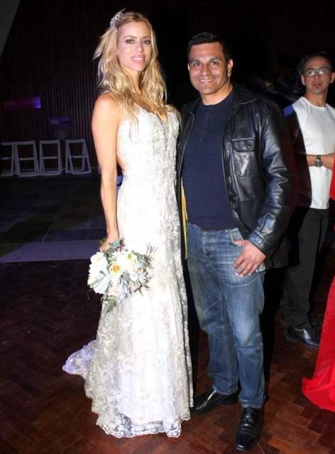 Nicole Neumann y Pablo Guelfo en San Isidro