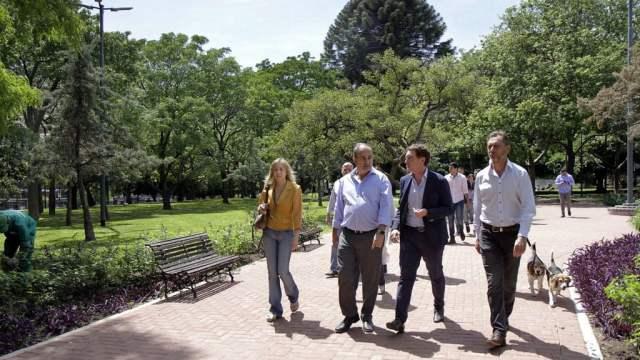 """Santilli inauguró las obras de puesta en valor del parque Las Heras: """"Queremos tener más y mejores espacios verdes"""""""