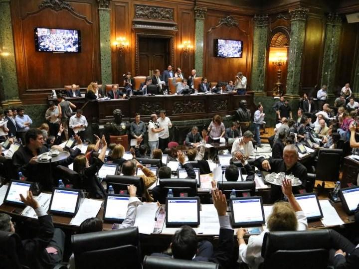 Cinco candidatos a diputados porteños protagonizan el primer debate electoral en la Ciudad
