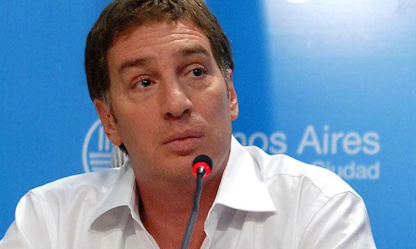 Santilli confirmó la idea de «revisar los permisos» de circulación otorgados