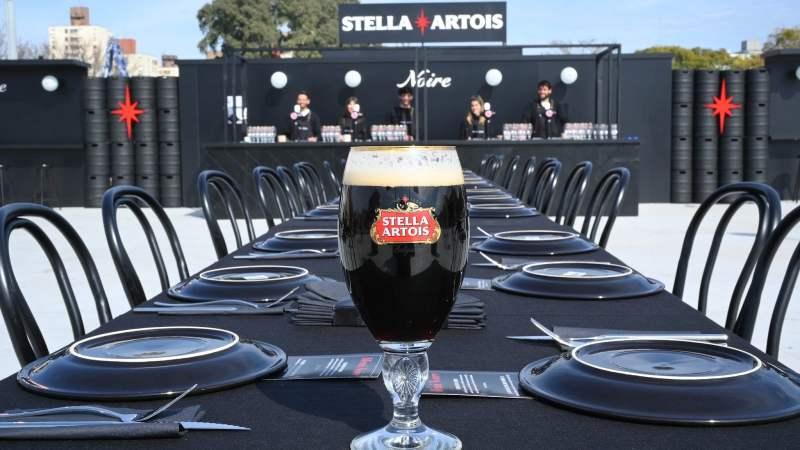 Stella Artois presenta el lado Noire de Masticar 2019