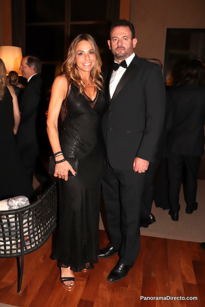 José Urtubey y su esposa en la gala del Hospital Austral