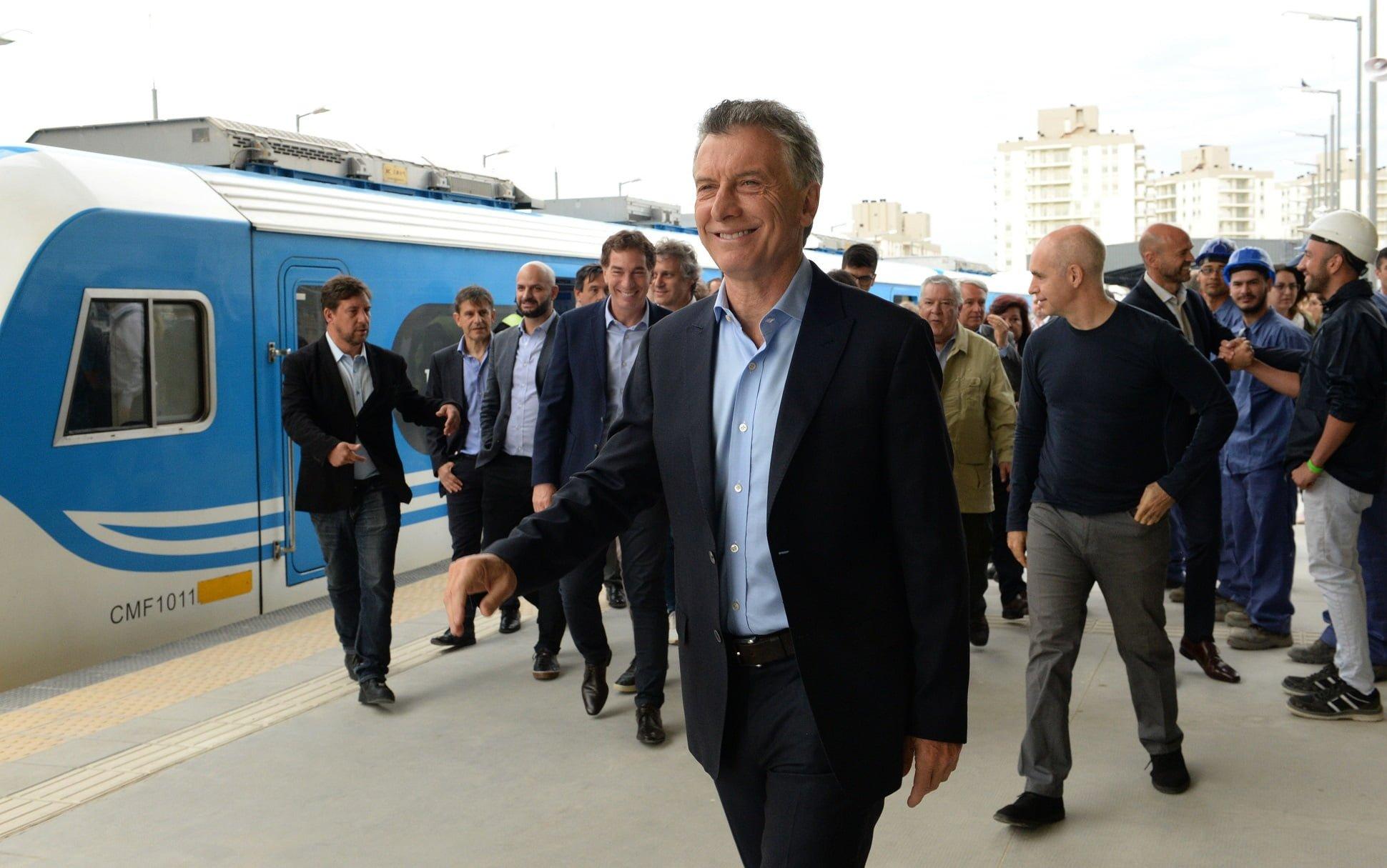 Macri encabezó la inauguración de la nueva estación elevada Sáenz del ferrocarril Belgrano Sur