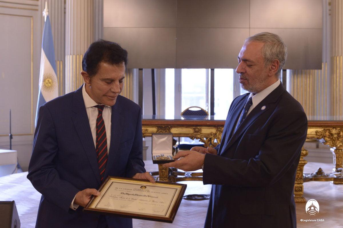 Edgardo Néstor De Vincenzi distinguido como Ciudadano Ilustre