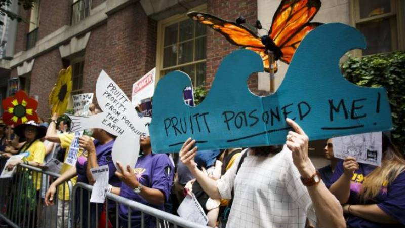 """Votantes latinos del oeste de EEUU respaldan una """"agresiva agenda"""" ecologista"""