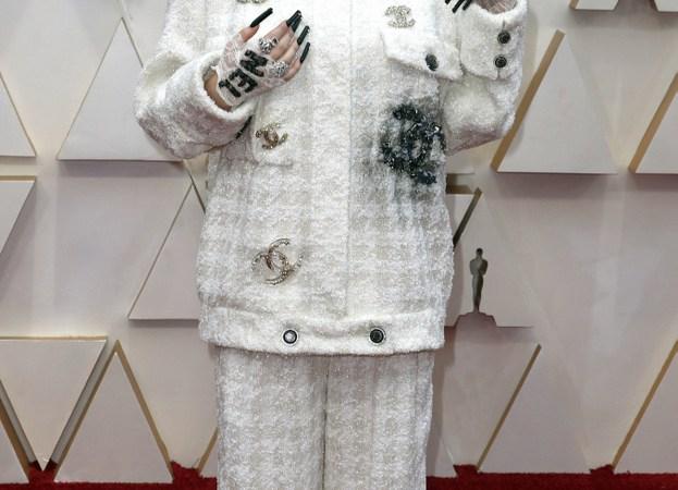 Billie Eilish en la entrega de los Premios #Oscars