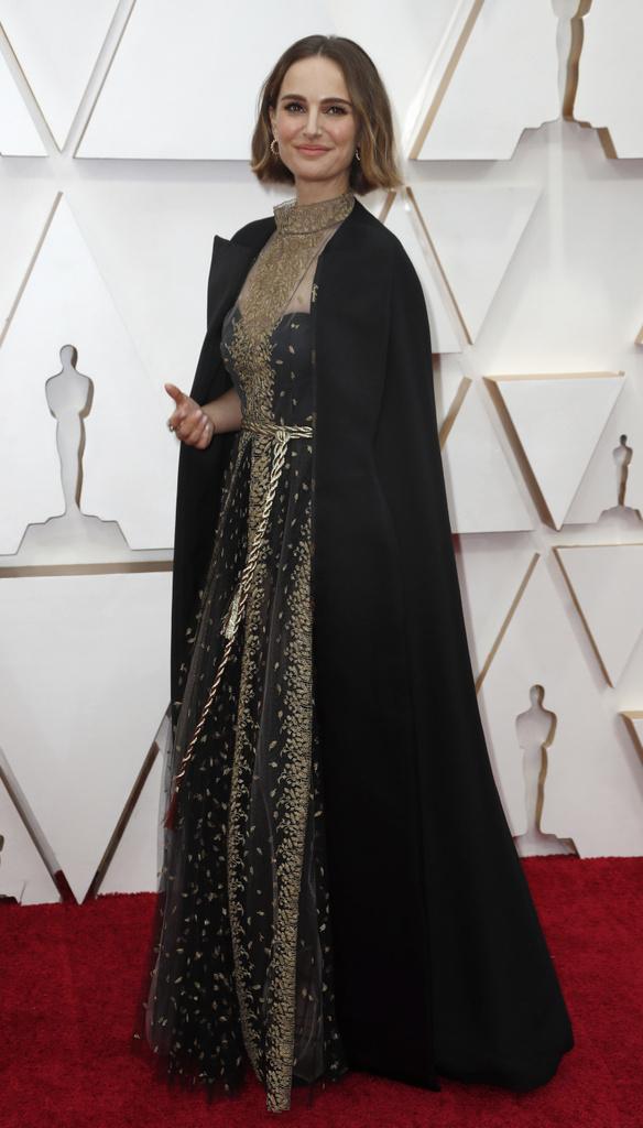 Natalie Portman en la entrega de los Premios #Oscars