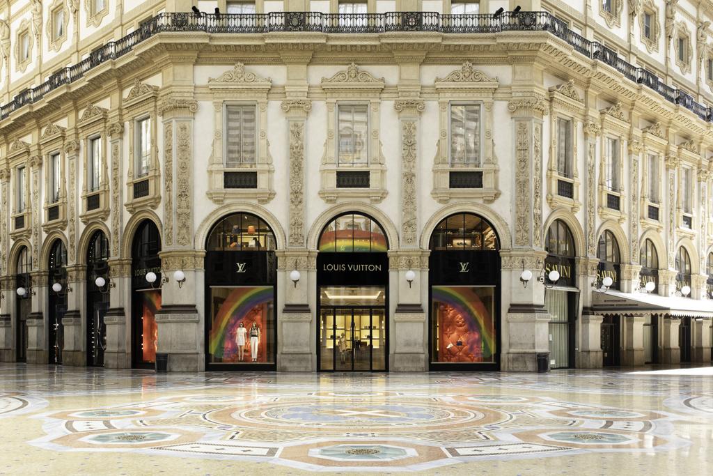 «The Rainbow Project», un proyecto de vidrieras exclusivas de Louis Vuitton