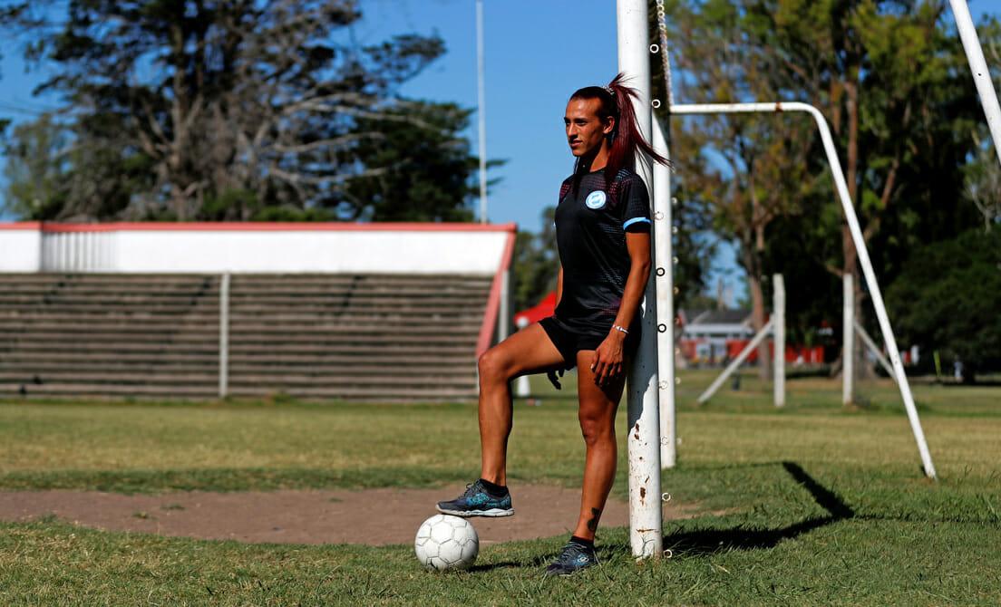 «El fútbol me salvó la vida», revela Mara Gómez, la futbolista trans que espera habilitación de LA AFA
