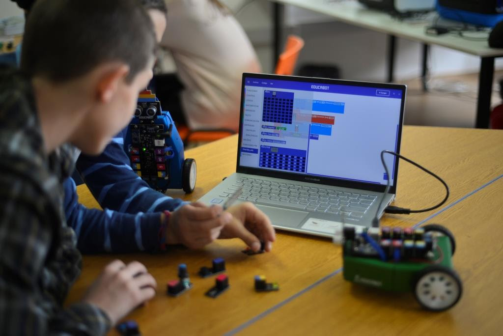 Educabot abre la inscripción para su Colonia Tecnológica de Invierno