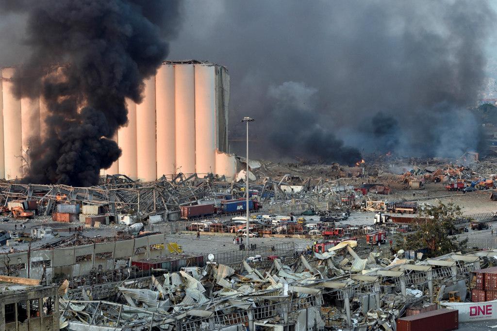 Más de 50 muertos y 2.750 heridos por las explosiones en el puerto de Beirut