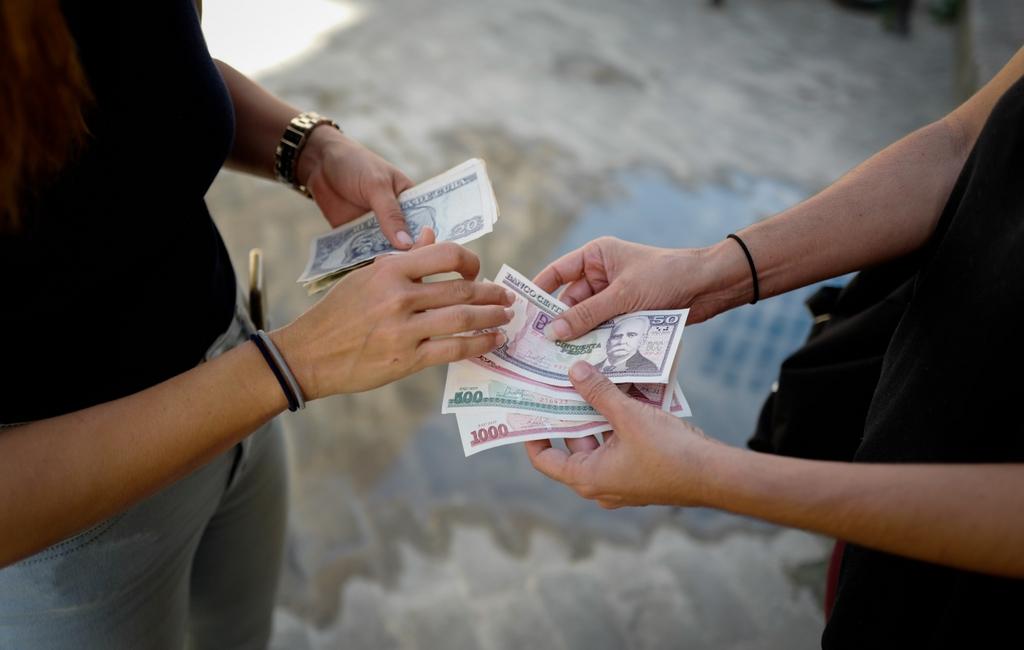Cuba arranca 2021 con una unificación monetaria que abre varios interrogantes
