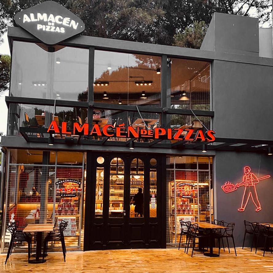 Almacén de Pizzas inaugura la temporada de verano en Cariló