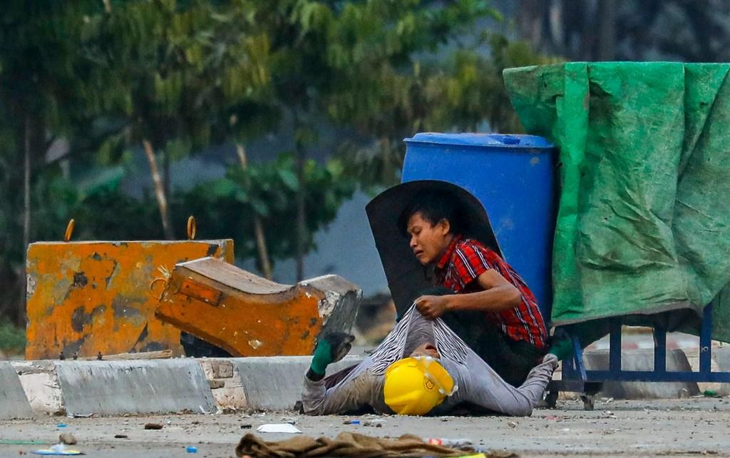 manifestaciones contra el golpe en Myanmar