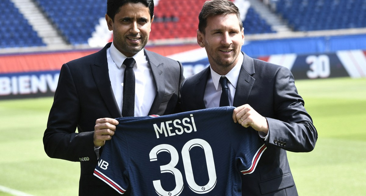 Nasser Al-Khelaifi y Lionel Messi
