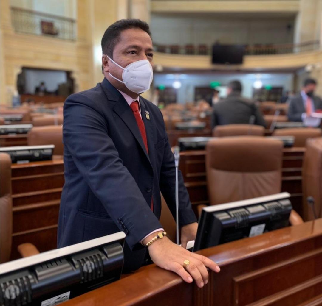Representante Aquileo Medina es elegido Vicepresidente de la Comisión Legal de Derechos Humanos 1