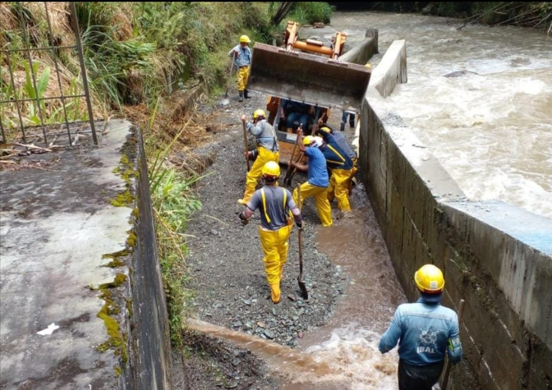IBAL trabaja en el restablecimiento del agua potable para los ibaguereños. 1