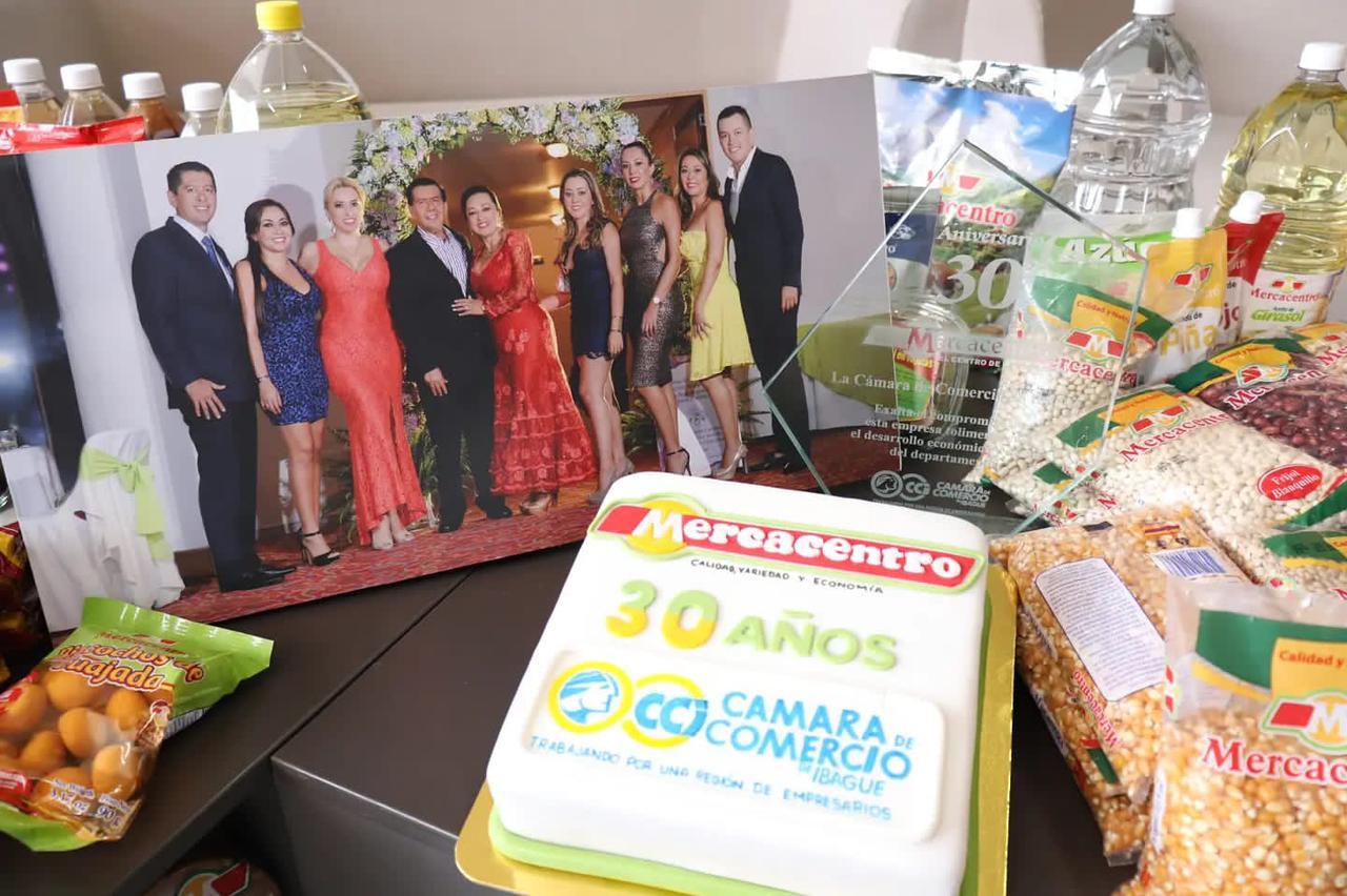 Cámara de Comercio de Ibagué realizó un reconocimiento a Supermercados Mercacentro. 1