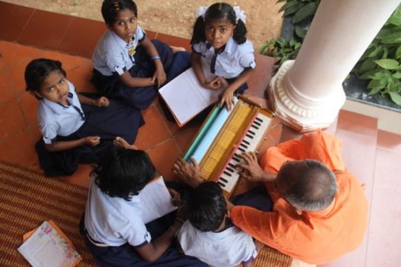 , Das Kinderpflegeheim JJK Gurukulam in Süd Indien