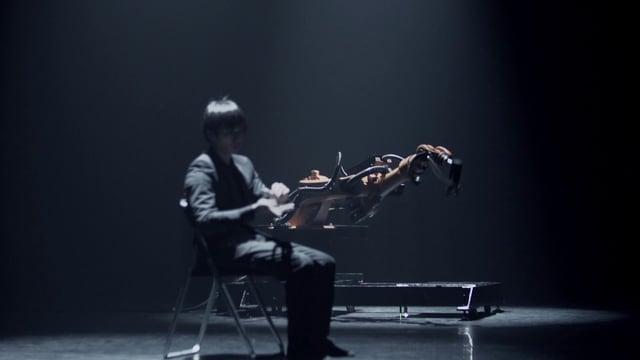 A duet of Human and Robot