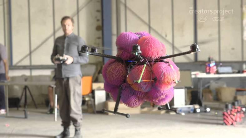 John Cale crea la primera orquestra dron