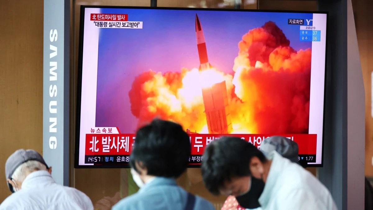 Korut Uji Coba Rudal Balistik di Tengah Perlombaan Senjata di Korea