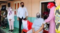 Door To Door, Kepala Negara Tinjau Vaksinasi Sistem Jemput Bola dengan Cara Mendatangi ke Rumah-rumah Penduduk