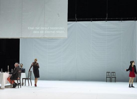 VÖGEL | Burkhard C Kominski | Schauspiel Stuttgart | 12/2018 © Matthias Horn