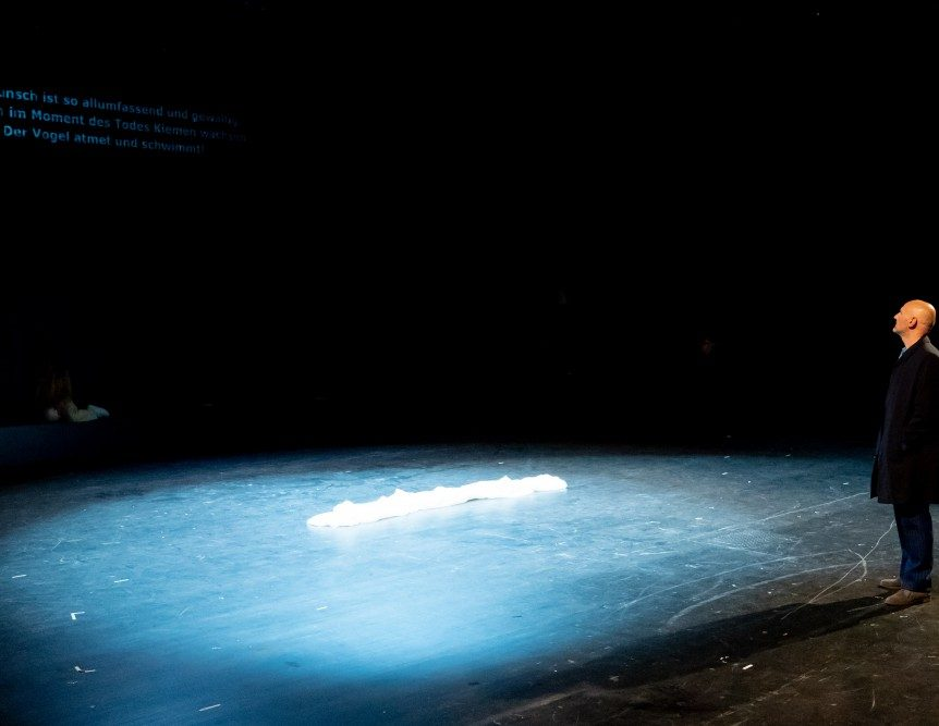 VÖGEL | Hakan Savaş Mican | Thalia Theater Hamburg | 01/2020 © Krafft Angerer