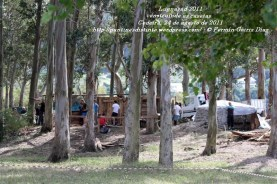 LUGNASAD 2011 - CONSTRUCCIÓN DAS CASETAS DOS CLANS - CEDEIRA 24 DE AGOSTO DE 2011 - FOTOGRAFÍA POR FERMÍN GOIRIZ DÍAZ (11)