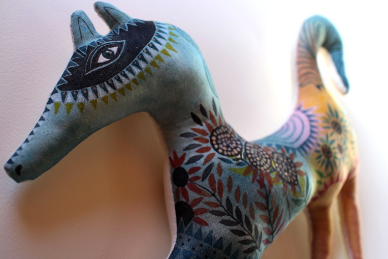 Camille Circus Horse doll detail5