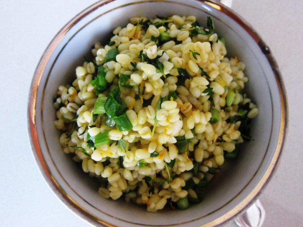 Wheat grain salad