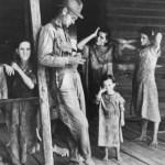 walker-evans-4-floyd-burroughs-and-his-childrens-tengle-alabama-1936