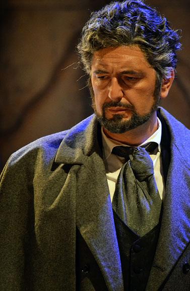 Paolo Ruggiero - La Traviata - G. Germont